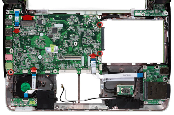 Interno del netbook Acer One 751