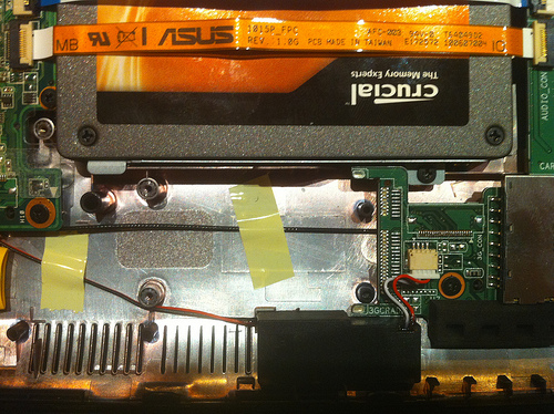Asus Eee PC 1015PEM disassemblaggio