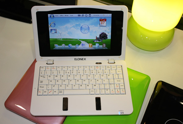 Elonex Smartbook con Windows CE