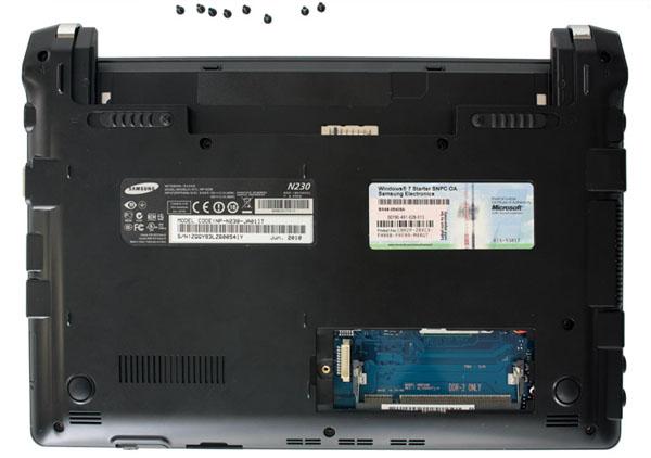 Samsung N230: guida al disassemblaggio - Netbook Italia ...
